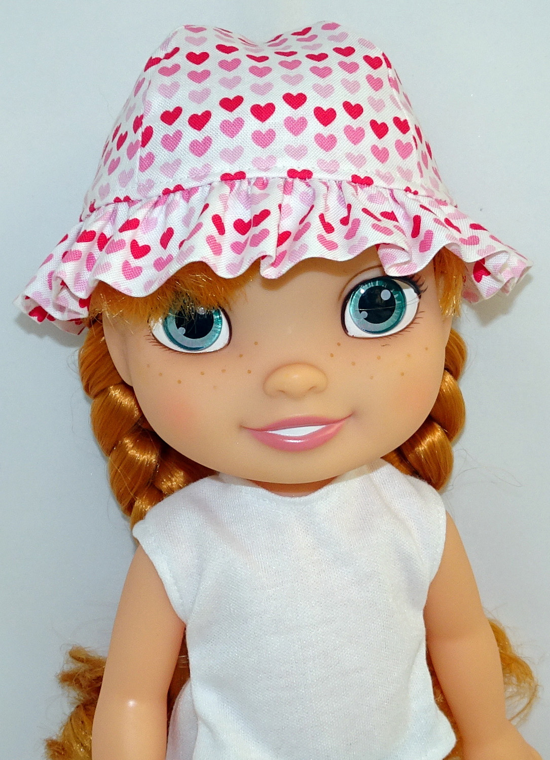 Frill Hat pattern Disney Toddler Doll