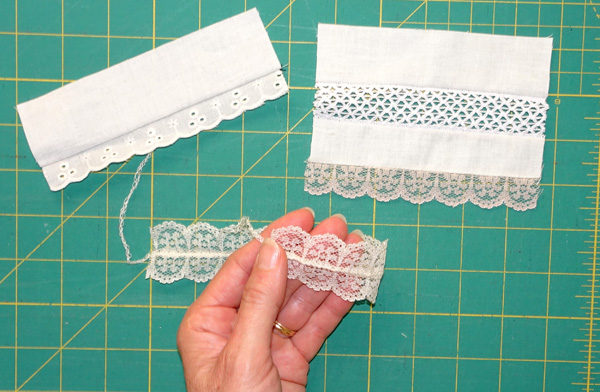 Attaching lace with your overlocker