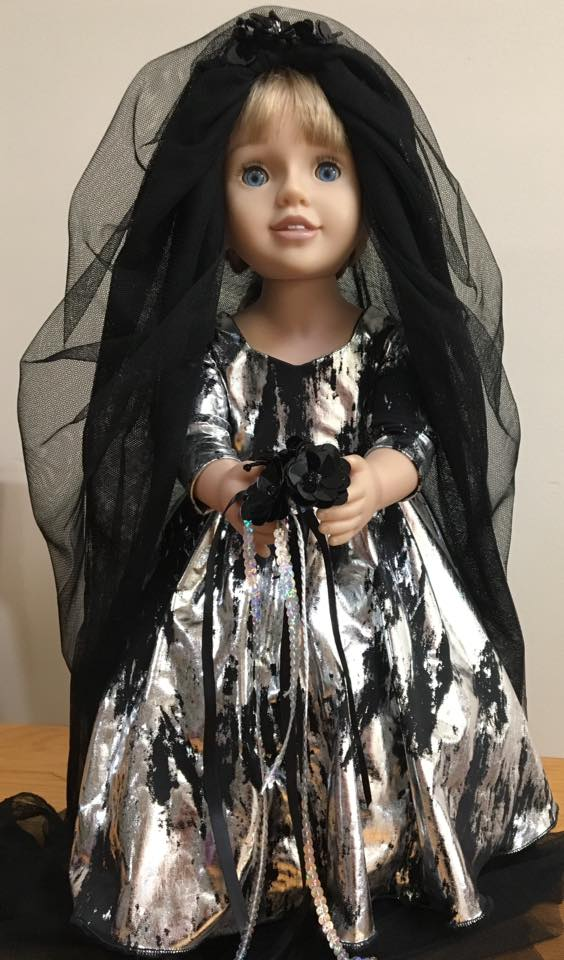 Julie Dracula's Bride doll clothes pattern
