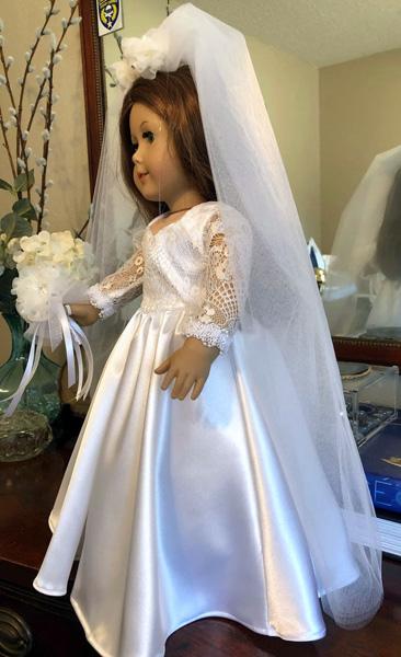 Sharon Thomas Wedding dress side