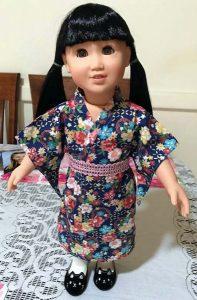 Debra Sharon dressing gown into kimono